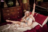 Jennifer Jade in Sexy Lingerie - pics 04