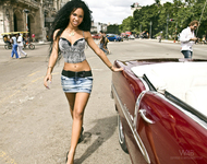 Wonderful Cuban Girls with Cars - pics 04
