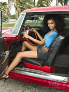 Wonderful Cuban Girls with Cars - pics 08