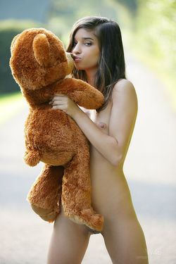 Sweet Teen Nika Loves her Teddy Bear - pics 08