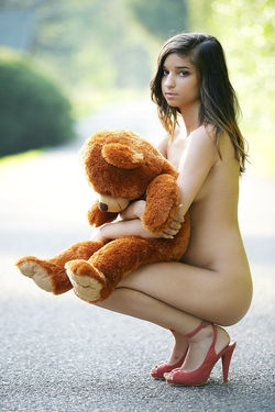 Sweet Teen Nika Loves her Teddy Bear - pics 09