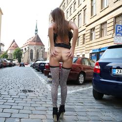Maria Ryabushkina Street Flash - pics 08