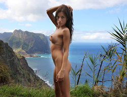 Silvia Dellai Peeing on the Cliff - pics 08