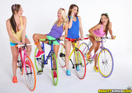 Four lesbian Babes on Fixie Bikes - pics 00
