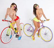 Four lesbian Babes on Fixie Bikes - pics 11