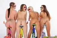 Four lesbian Babes on Fixie Bikes - pics 14