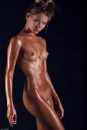 Sofia Perfect Body Dripping Wet - pics 08