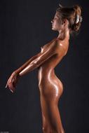 Sofia Perfect Body Dripping Wet - pics 11