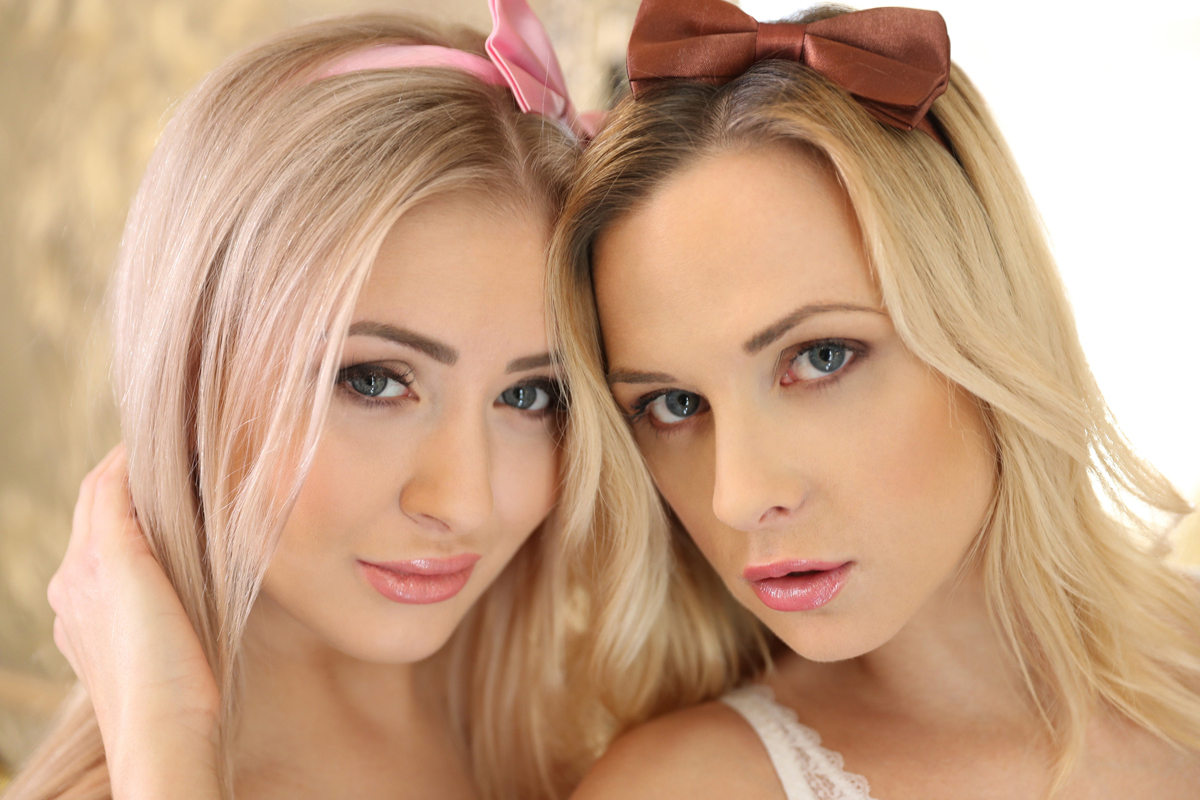 Cayla and Vinna Call Girls Fantasy - picture 02