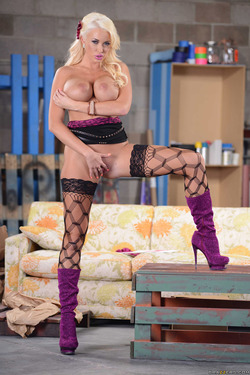 Pornstar Summer Brielle Purple Boots - pics 14