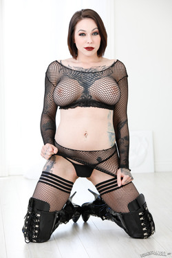Busty Slut Fishnet and Latex Boots - pics 05