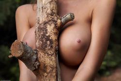 Nessa Devil - Tall and Busty Slut - pics 02
