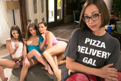 Jenna Sativa, Kasey Warner, Jojo Kiss, Gia - pics 01