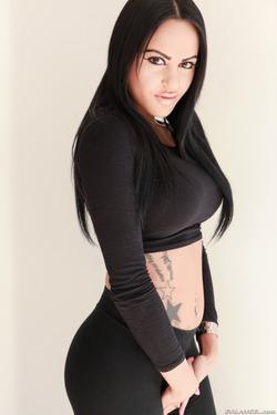 Tattooed Slut in Black Spandex - pics 04