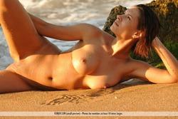 Susi R Big Titted Beauty Seaside - pics 08