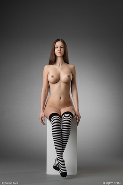 Busty Alisa I Striped Stockings - pics 00