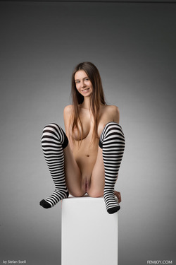 Busty Alisa I Striped Stockings - pics 01