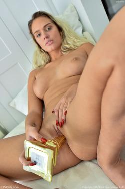 Hot Girl Athena Kinky Penetration - pics 03