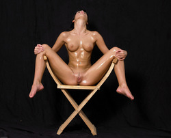 Oiled Babe Mirta Extreme Exposure - pics 04