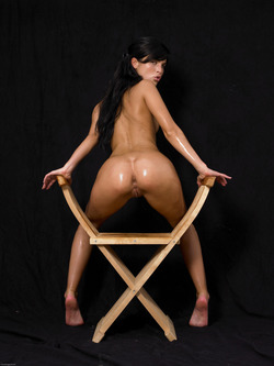 Oiled Babe Mirta Extreme Exposure - pics 10