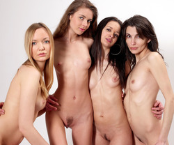 Four Slim Babes Naked Formation - pics 00