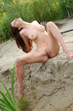 Nadin A Sexy Archer by the River - pics 15