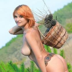 Sensual Redhead Violla A - Divesa - pics 17