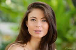 Real Beauty Jenna Tropical Desire - pics 04