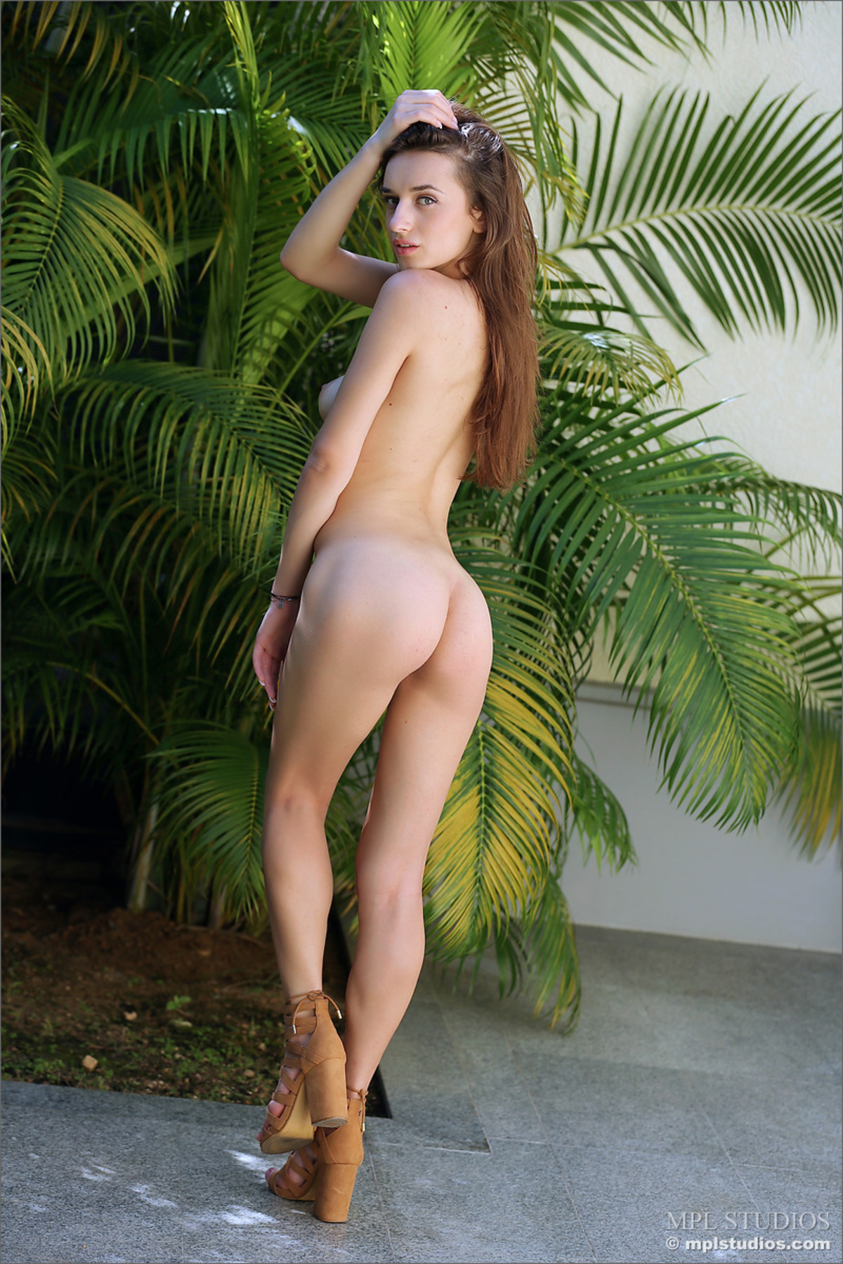 Green Eyed Babe Gloria Sol - Divina - picture 08
