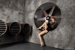 Karissa Diamond Stripping by Blades - pics 00