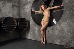 Karissa Diamond Stripping by Blades - pics 04