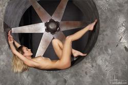 Karissa Diamond Stripping by Blades - pics 07