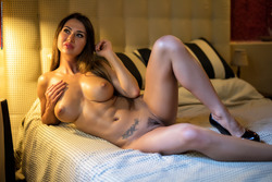 Justyna - Sexy Games in Fishnet Body - pics 09