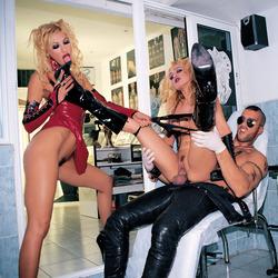 Celia Blanco Malena Conde Inked Orgy - pics 05