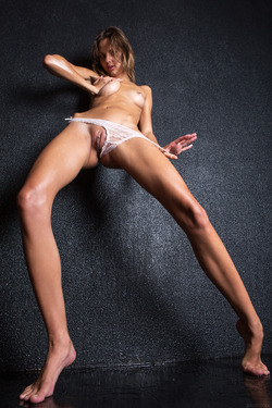 Sandra Lauver Wet Pussy Pictures - pics 04