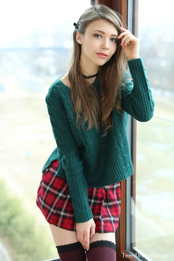 Mila Azul - Mini Skirt and Sweater - pics 07