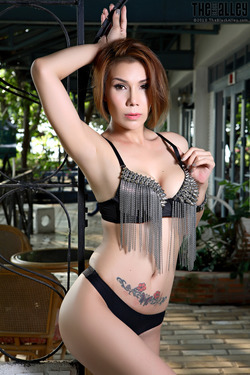 Tattooed Thai Model Janya Stripping - pics 01