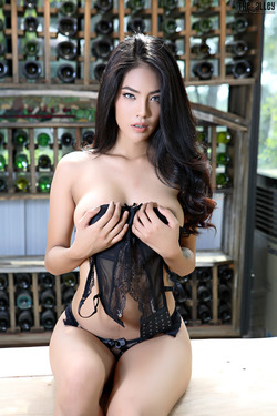 Beautiful Thai Babe Arya Stripping - pics 05