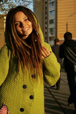 Beautiful Rasta Girl Sindi Candid - pics 13