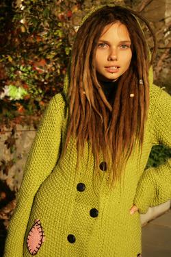Beautiful Rasta Girl Sindi Candid - pics 14