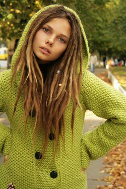 Beautiful Rasta Girl Sindi Candid - pics 17
