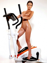 Sporty Bunny Shows Oiled Nude Body