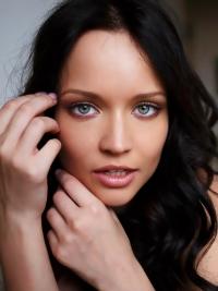 Pretty Face Beautiful Green Eyes