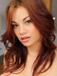 Beauty Redhead Babe Nici Nude