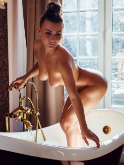 Small Titted Glamour Model Eva Taking a Hot Bath - Sexy Nude