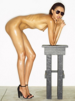 Leggy Babe Kasia James Bond Girl