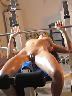 Gorgeous Redhead Babe Victoria Nelson Hot Oiled Body Workout