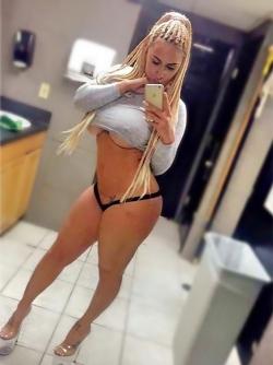 Huge Booty Sexbomb Nina Kayy Posing in Hot Lingerie Set