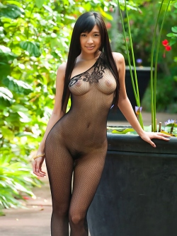 Japanes Beauty Nana Ogura in sexy fishnet Body Stockings