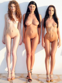 Sapphira, Heidi and Lucy for Watch4Beauty XXXtra Hot Pics